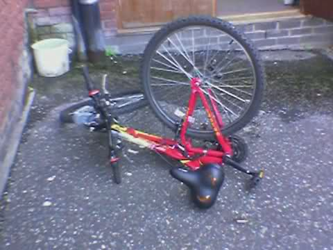 Broken bike – This bike's gonna kill me…